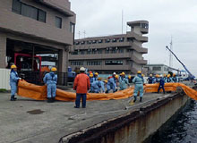 Oil Spill Cleanup Training