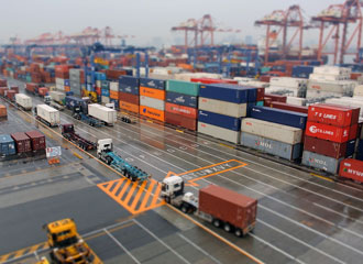 Container terminal operations